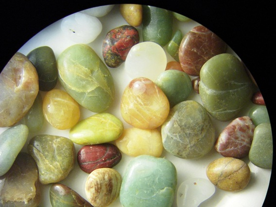 picture of beach pebbles under the microscope